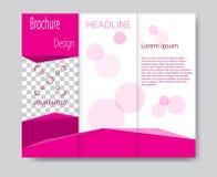 Progettazione del modello dell'opuscolo di vettore con gli elementi rosa royalty illustrazione gratis