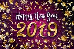Progettazione del testo del buon anno 2019 dell'oro di vettore illustrazione di saluto con i numeri ed il fondo dorati del blu de illustrazione di stock