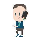 Progettazione dell'illustrazione del carattere Uomo d'affari facendo uso del carretto del telefono cellulare Immagini Stock