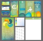 Progettazione dell'opuscolo, modello di dimensione A4 dell'aletta di filatoio di affari, opuscolo creativo, insieme del modello d Fotografia Stock