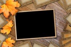 Progettazione della carta di lerciume nello stile scrapbooking con photoframe Immagine Stock