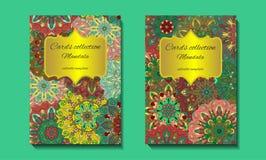 Progettazione della cartolina d'auguri con il modello della mandala Immagine Stock