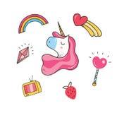 Progettazione della maglietta del bambino con le toppe dell'unicorno illustrazione vettoriale