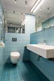 Progettazione della toilette del turchese fotografia stock