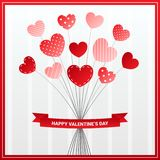 Progettazione di carta dei biglietti di S. Valentino con il fiore del cuore royalty illustrazione gratis
