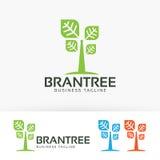 Progettazione di logo di vettore dell'albero di marca Fotografia Stock Libera da Diritti