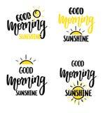 Progettazione piacevole del manifesto di frase di motivazione dell'iscrizione di calligrafia di vettore del sole di buongiorno illustrazione di stock