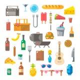 Progettazione piana degli oggetti di picnic messi Fotografie Stock