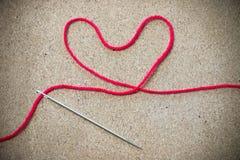 Progettazione rossa del filato di forma del cuore per amore Immagine Stock Libera da Diritti