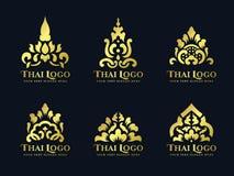 Progettazione stabilita di arte dell'oro di loto del fiore di vettore tradizionale tailandese di logo illustrazione vettoriale