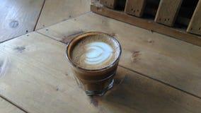 Progettazioni del Latte in un vetro Fotografia Stock Libera da Diritti