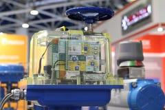 Progettazioni speciali della valvola per controllo automatico dei flussi liquidi e gassosi fotografia stock