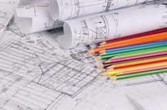 Progetti delle case con la matita di colore Fotografia Stock Libera da Diritti