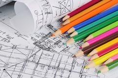 Progetti delle case con la matita di colore Fotografie Stock Libere da Diritti