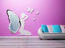 Progetti l'interiore con un sofà e uno specchio Fotografie Stock Libere da Diritti