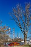 Progrès industriel contre la nature photo libre de droits
