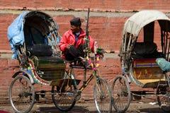 Programa piloto de Rikcshaw en Durbar Katmandu cuadrada, Nepal Imágenes de archivo libres de regalías