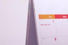 Programma da tavolino dello spazio in bianco del calendario del 1° gennaio 2017 Immagini Stock