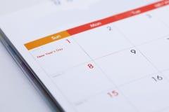Programma da tavolino dello spazio in bianco del calendario del 1° gennaio 2017 Immagini Stock Libere da Diritti