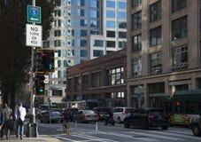 Programma del vicolo della bici di Seattle durante il traffico Immagini Stock Libere da Diritti