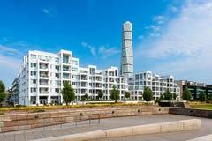 Programma di costruzione di alloggi moderno con il parco pubblico a Malmo Svezia Fotografia Stock Libera da Diritti