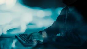 Programmazione futura del lavoratore del computer stock footage