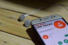 Programme d'application temps réel de Daily Mail sur l'écran de Smartphone La vie entaille l'application de réalisateur sur l'écr photographie stock libre de droits