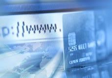 Programme de lecture par la carte de crédit et d'Internet Photographie stock