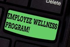 Programme de mieux être des employés d'écriture des textes d'écriture Le concept signifiant l'aide améliorent la santé de sa clé  image stock