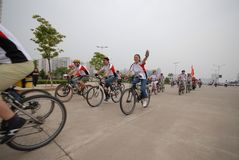 Programmes de remise en forme de masse conducteur-étendus de emballage de bicyclette Image libre de droits