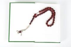 Programmes et Quran musulmans de rosaire Images libres de droits