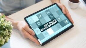 Programvaruutveckling Applikationer APPS för affär programmering arkivfoto