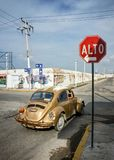 Progreso, Mexico - October 14th, 2007: Old rusty Volkswagen Beet royalty free stock photography