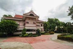 Prohíba la casa histórica de Wongburi en Phrae, Tailandia fotografía de archivo