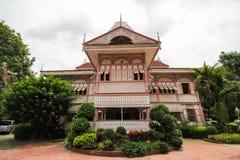 Prohíba la casa histórica de Wongburi en Phrae, Tailandia imágenes de archivo libres de regalías