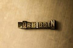 PROHIBIDO - el primer del vintage sucio compuso tipo de palabra en el contexto del metal Imagen de archivo libre de regalías
