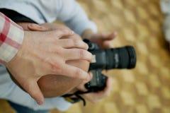 Proibi??o da fotografia M?o no photographer& x27; cabe?a de s imagem de stock royalty free