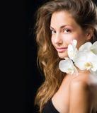 Projectile magnifique de beauté de plan rapproché de brunette. Image libre de droits