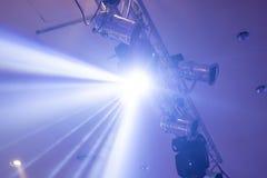 Projector ajuste da luz de suspensão feixe do projeto que incandesce claro fotos de stock
