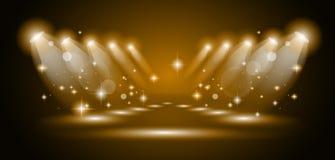 Projectores mágicos com raias do ouro ilustração stock