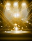 Projectores mágicos com raios azuis e efeito de incandescência Fotografia de Stock Royalty Free