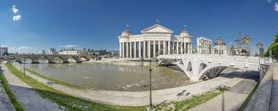 "Projekt Skopjes, Mazedonien-†""Skopje 2014 - Panorama stockbilder"