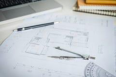 Projekta papieru brulionowości projekta nakreślenie architektoniczny, dividers, Obrazy Stock