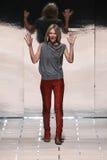 Projektant Gaia Trussardi chodzi pas startowego podczas Trussardi przedstawienia Fotografia Stock