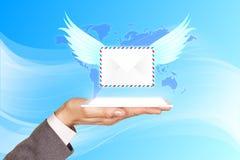 Projektion die Post mit Flügeln vom Mobile Stockbilder