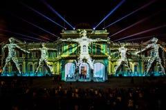 Projektionen auf das Singapur-Nationalmuseum stockbild