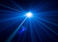 Projektoru piękny oświetlenie szeroki obiektywu wyposażenie dla przedstawienie prezentaci przy nocą Dymny abstrakcjonistyczny tło obraz stock