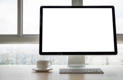 Projet de fond d'espace de travail nouveau sur l'ordinateur portable avec c vide Images libres de droits