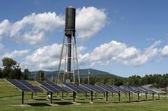 Projet solaire central de service public du Vermontn photographie stock libre de droits