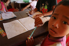 Projetez le soin de gosses de Cambodgien Image stock